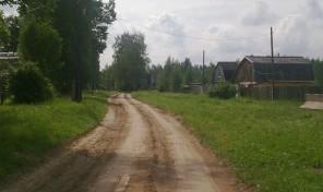 Земельный  участок 15 соток, Будовское с/п, д. Крюково